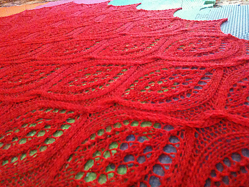 Hot and twisted shawl2