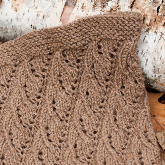 Lacy Rib Cowl1