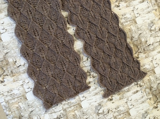 Mohawk Wool Leaf Scarf2