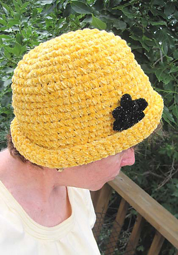 Chenille Glam Roll Brim Hat2