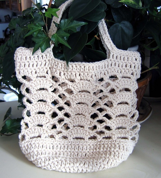 Go Green Lacy Shells Bag2