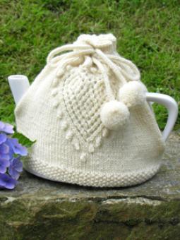 Love tea cosy(1)