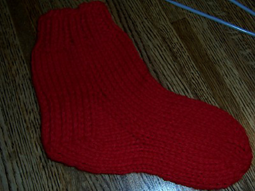 © By Hand, With Heart ... hand-knit designs