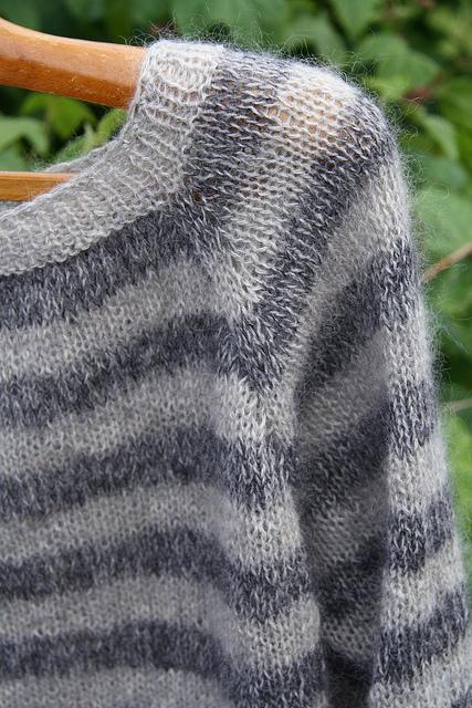Raglansweater2